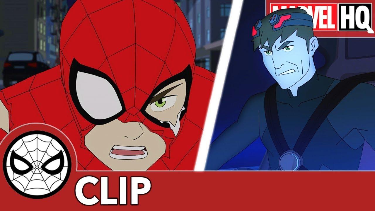 "27460 SNEAK PEEK - Spidey Battles Against the Goblin Mech in Marvel's Spider-Man - ""Goblin War—Part Four"""